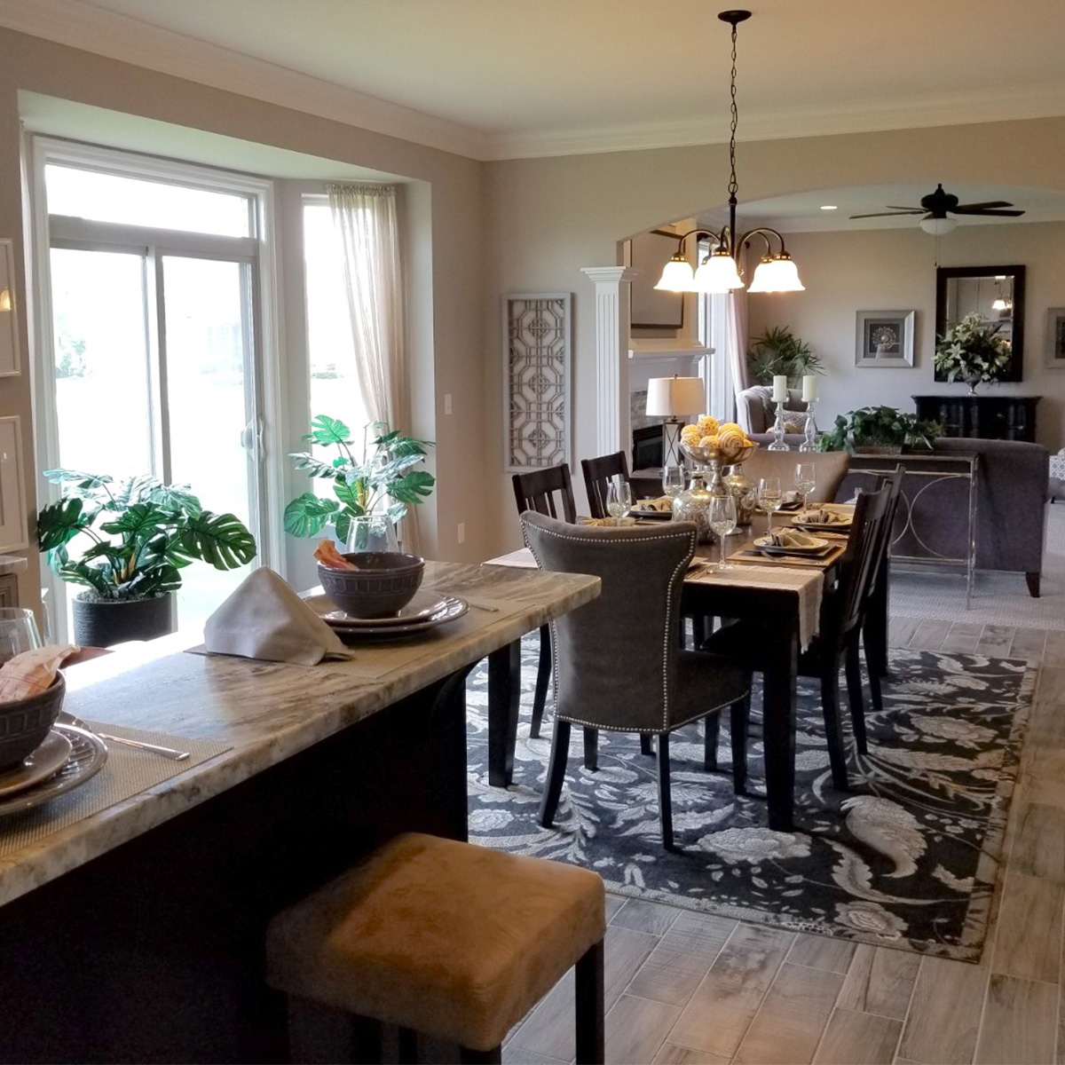 kitchen-dining-family-room